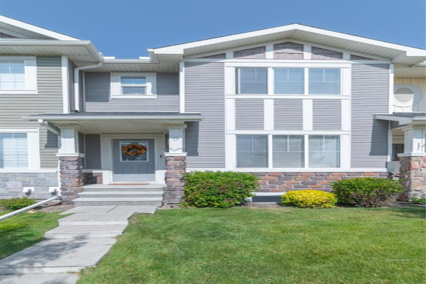 5 KINGS HEIGHTS  Drive SE, Airdrie