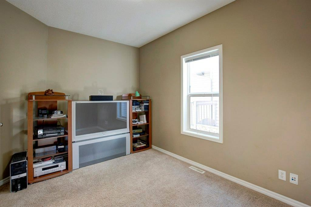 Listing A1031784 - Large Photo # 14