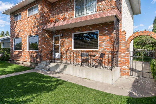 2816 45 Street SW, Calgary
