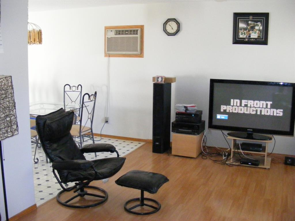 Listing A1032547 - Thumbmnail Photo # 7