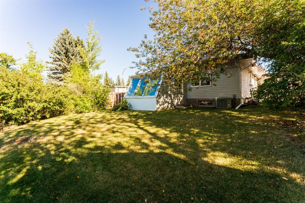 Listing A1032569 - Large Photo # 3