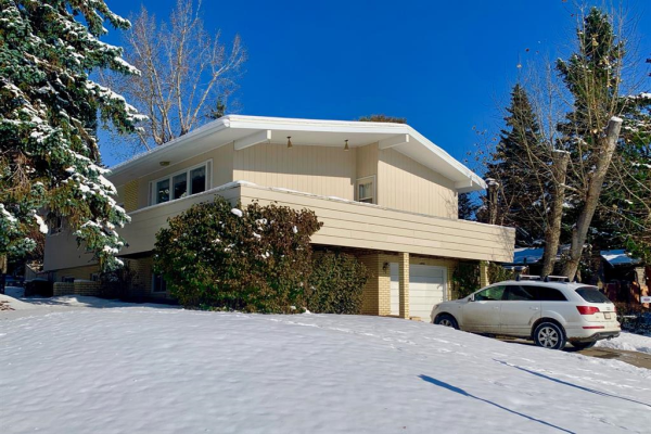 3204 UPLANDS Place NW, Calgary