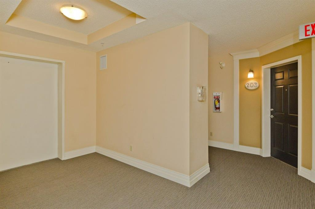Listing A1033040 - Thumbmnail Photo # 9