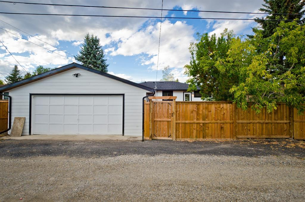 Listing A1033740 - Thumbmnail Photo # 46