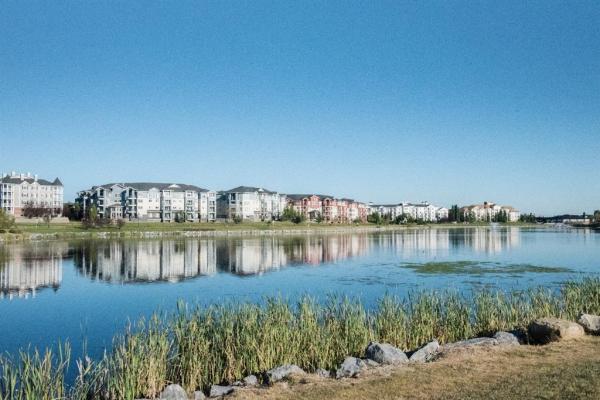 120 COUNTRY VILLAGE Circle NE, Calgary