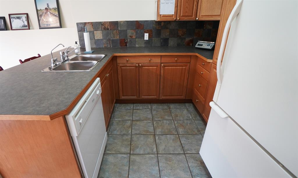 Listing A1034104 - Large Photo # 30