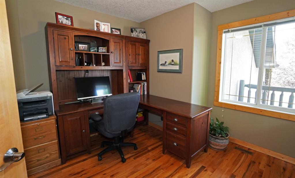 Listing A1034104 - Large Photo # 11