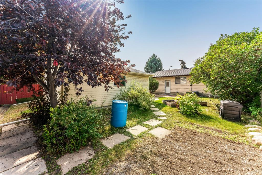 Listing A1035013 - Large Photo # 28