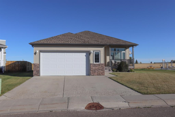 55 Valiant Crescent, Olds