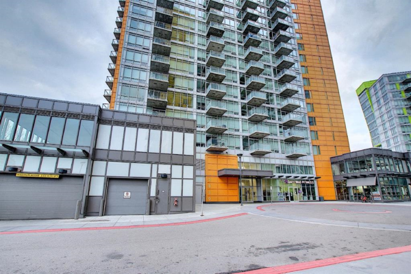 3830 BRENTWOOD Road NW, Calgary