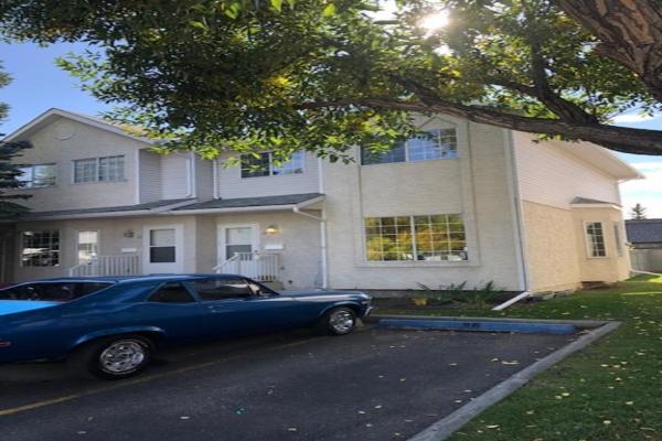 19 BEDFORD Manor NE, Calgary
