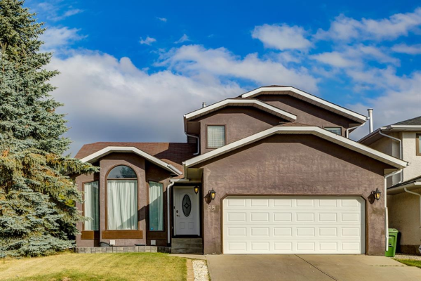 98 Hawkstone Drive NW, Calgary