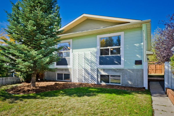 35 GREEN MEADOW Crescent, Strathmore