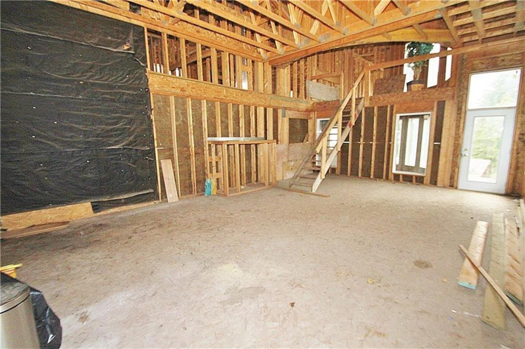 Listing A1038857 - Thumbmnail Photo # 34