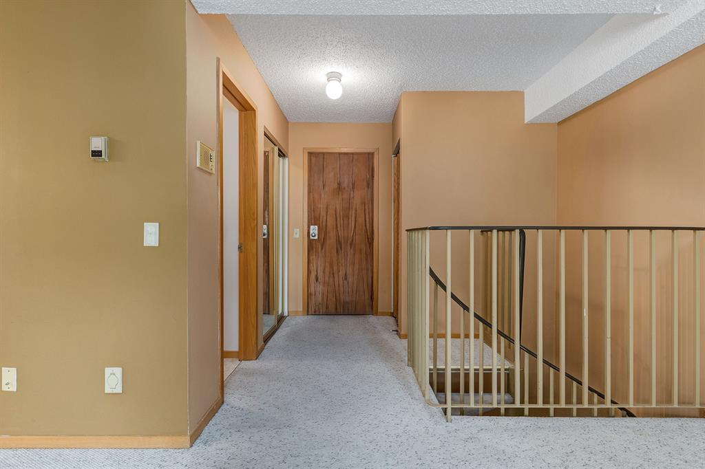 Listing A1039174 - Large Photo # 3