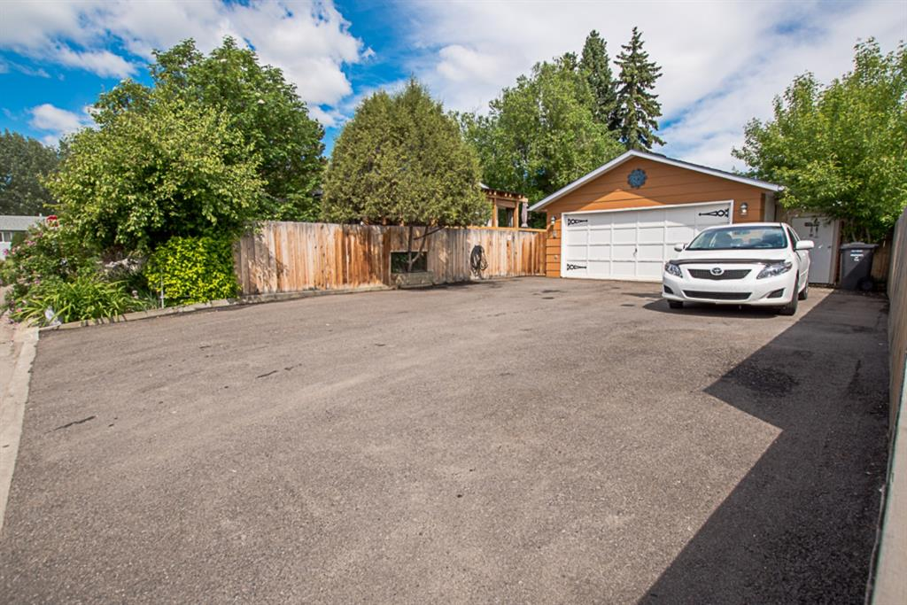 Listing A1039422 - Large Photo # 30