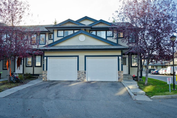163 Stonemere Place, Chestermere