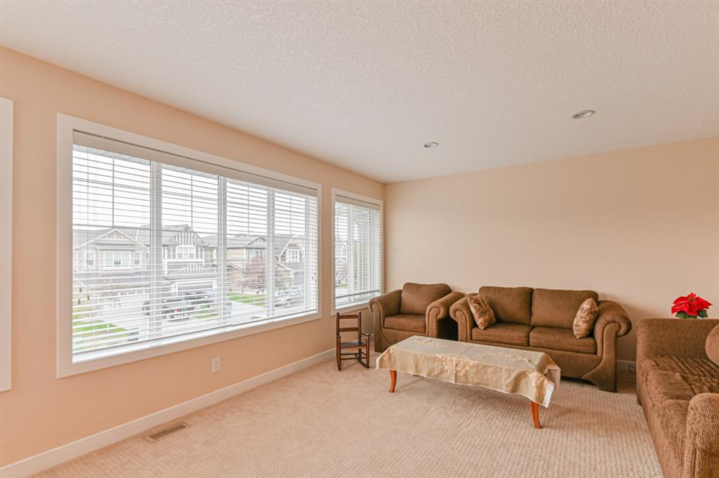 Listing A1041496 - Large Photo # 17