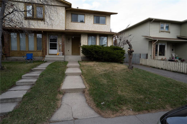 147 Midbend Place SE, Calgary