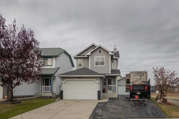 2007 Woodside Boulevard NW, Airdrie