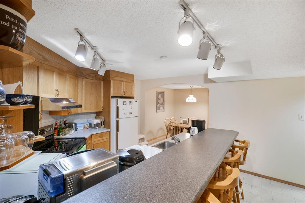 Listing A1041819 - Large Photo # 39