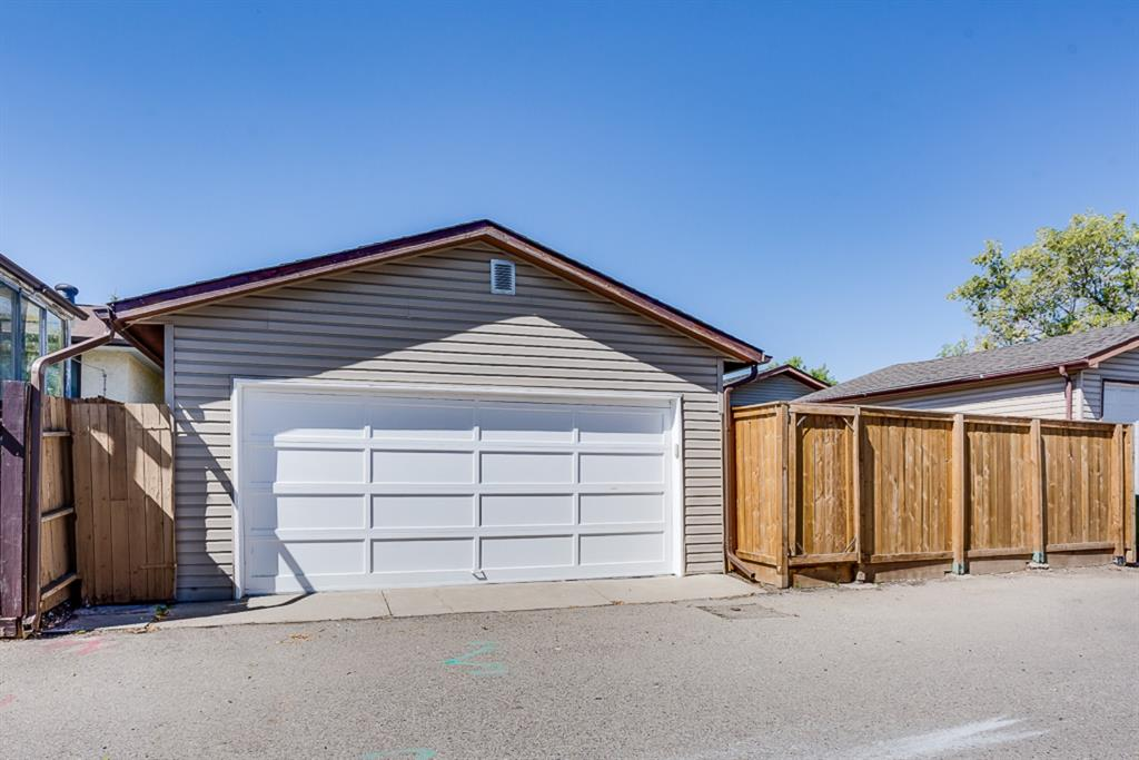 Listing A1041872 - Large Photo # 8
