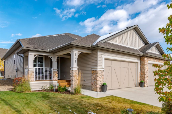 199 Sunset Square, Cochrane
