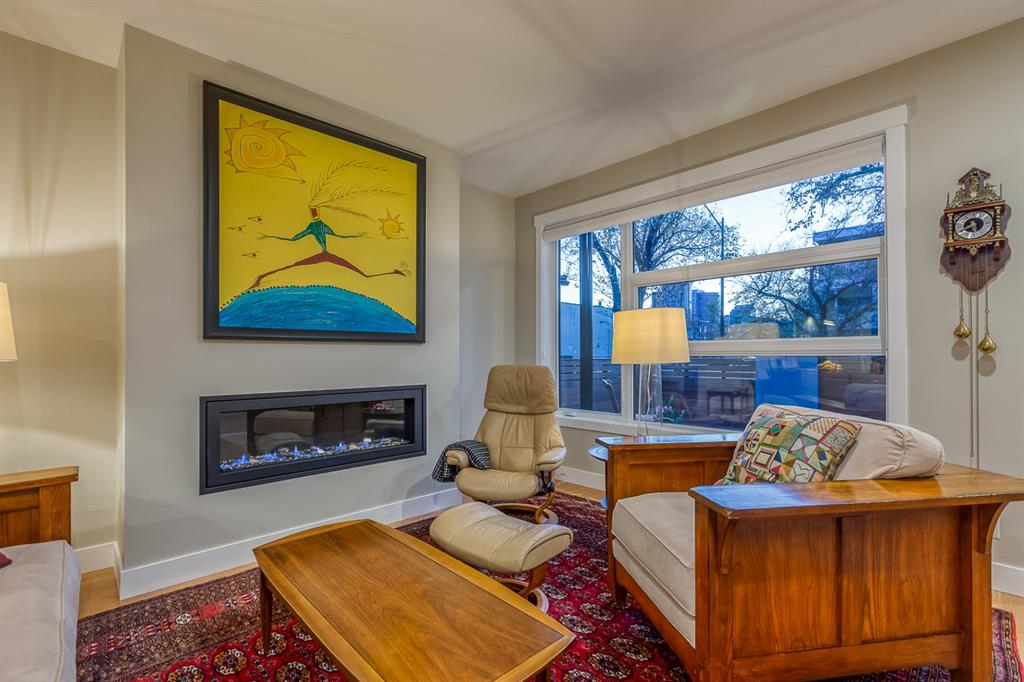 Listing A1042271 - Large Photo # 4