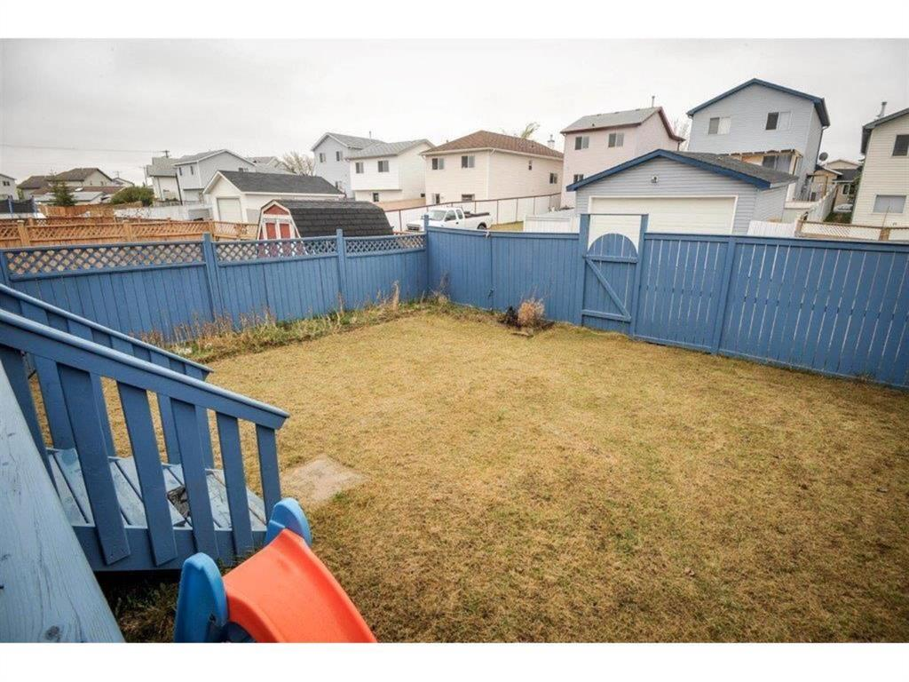 Listing A1042382 - Thumbmnail Photo # 30