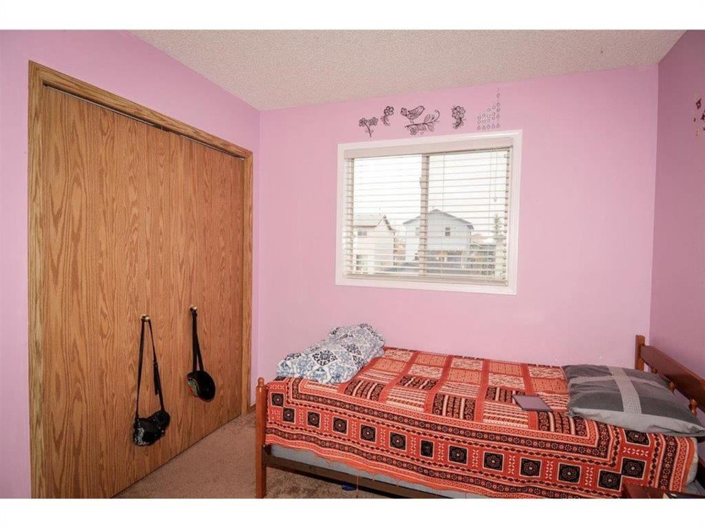 Listing A1042382 - Thumbmnail Photo # 21