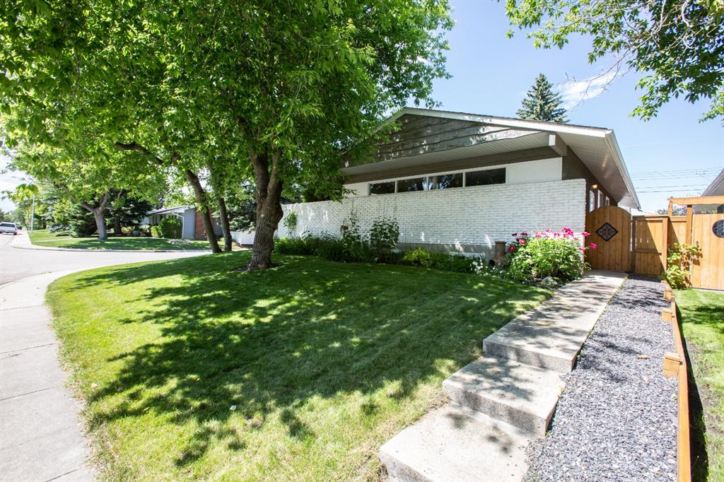 Listing A1042458 - Large Photo # 32