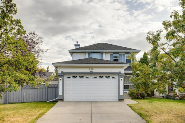 213 Douglas Glen Close SE, Calgary