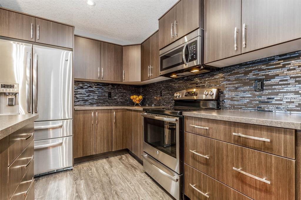 Listing A1042730 - Large Photo # 11