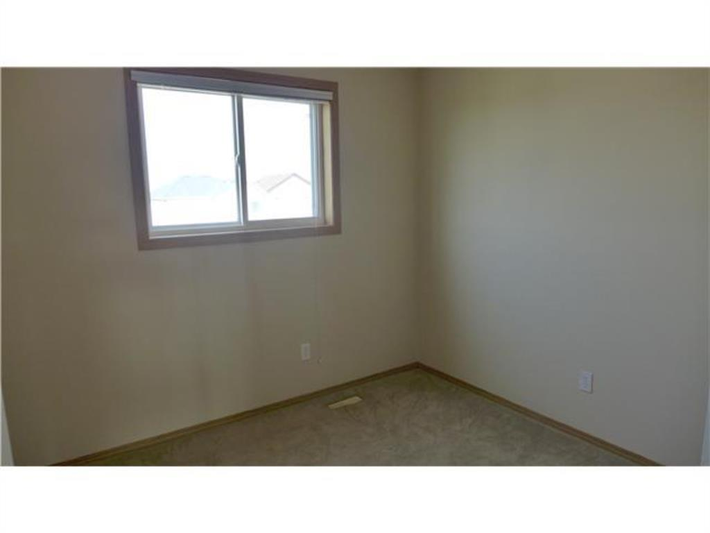 Listing A1042824 - Thumbmnail Photo # 8