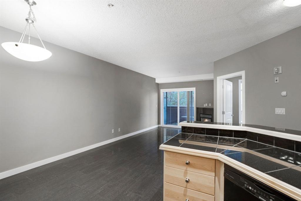 Listing A1043161 - Thumbmnail Photo # 8