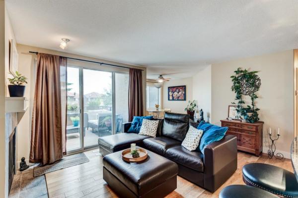 203 VILLAGE Terrace SW, Calgary