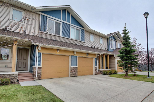 16 SAGE HILL Common NW, Calgary