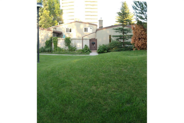 4500 39 Street NW, Calgary