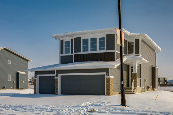 12 Ranchers Meadows, Okotoks