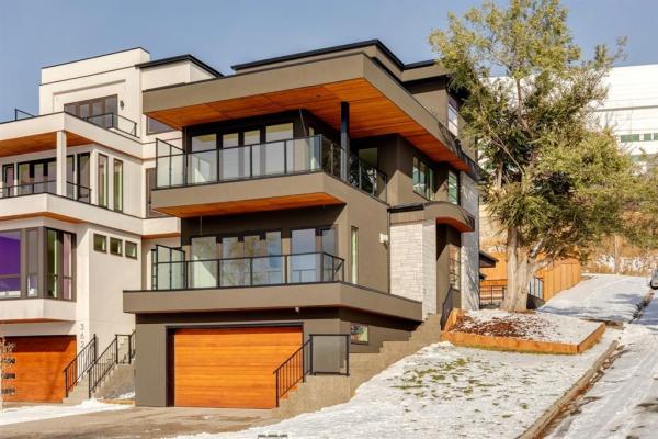 1005 36 Street NW, Calgary