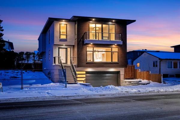 2119 20 Avenue SW, Calgary