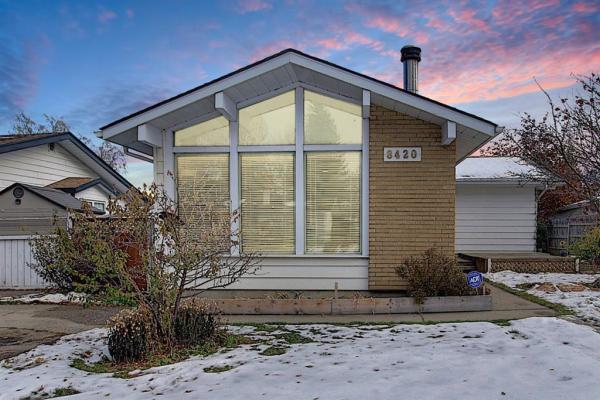 8420 7 Street SW, Calgary