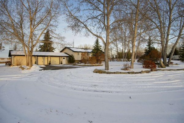 96207  280 Avenue E, Rural Foothills County