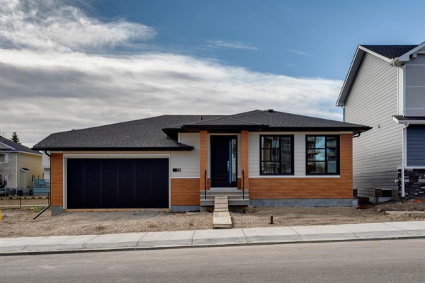 53 Harvest Hills Manor NE, Calgary