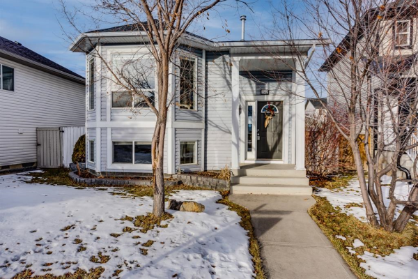 142 Creekside Bay NW, Airdrie