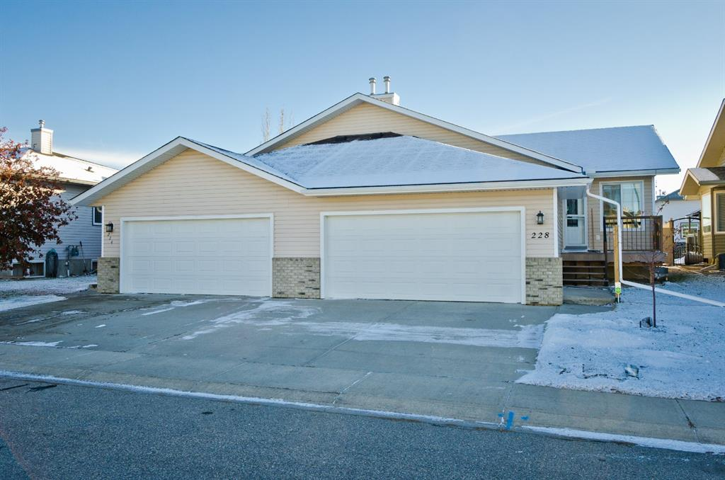 Listing A1047895 - Large Photo # 11