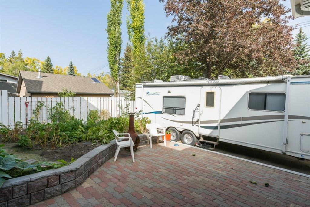 Listing A1047954 - Large Photo # 36