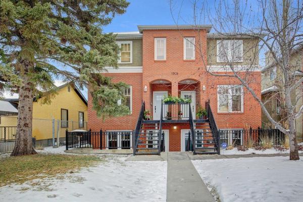 1908 32 Street SW, Calgary