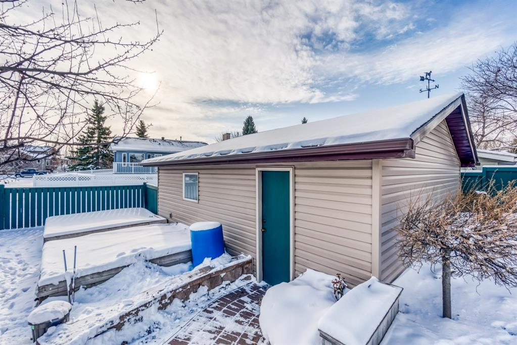 Listing A1048146 - Large Photo # 43