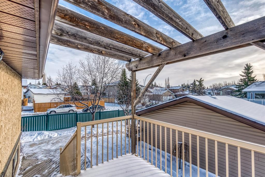 Listing A1048146 - Large Photo # 38